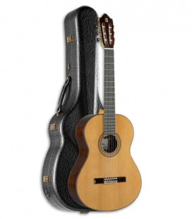 Photo of guitar Alhambra 9P and hard case